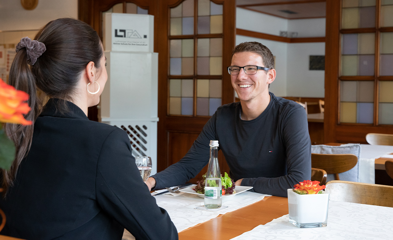The VC 60 air purifier delivers a relaxed and safe working atmosphere in restaurants.